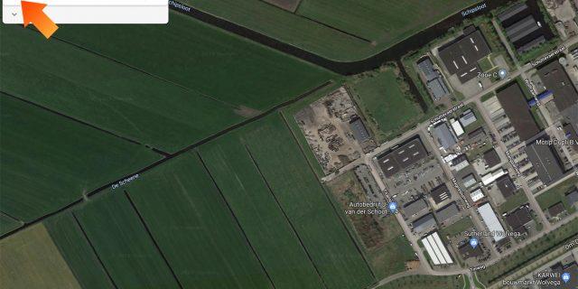 1. Zoek je locatie op in Google Maps en open linksboven het menu.